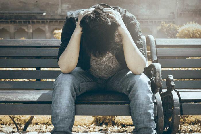Persona con adicción a las drogas con su salud mental afectada por la Covid-19