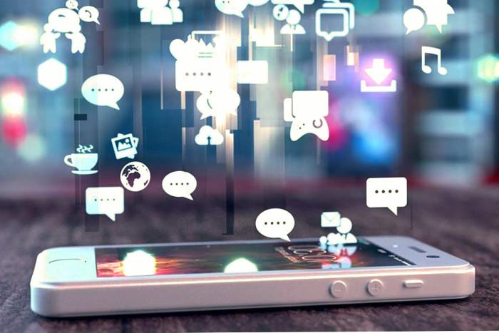 Adicción a las redes sociales y sus efectos negativos y positivos